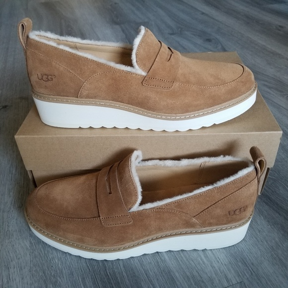 4a26e7b6218 UGG Atwater Spill Seam Loafer.